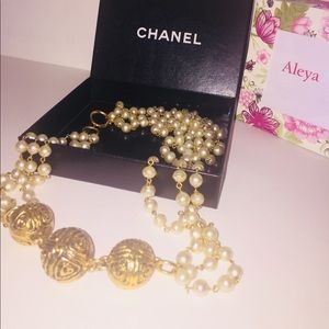 Authentic Vintage Chanel Pearl Necklace